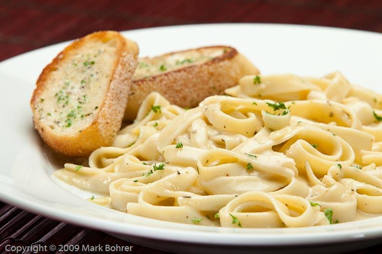 Fettucine and garlic bread