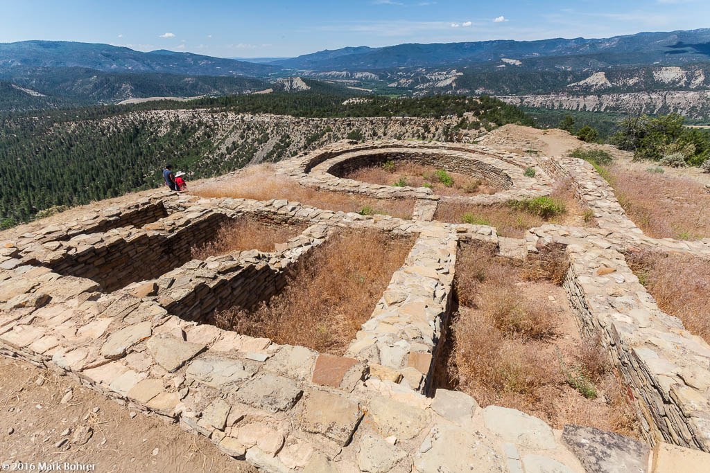 Great Kiva ruin, Chimney Rock