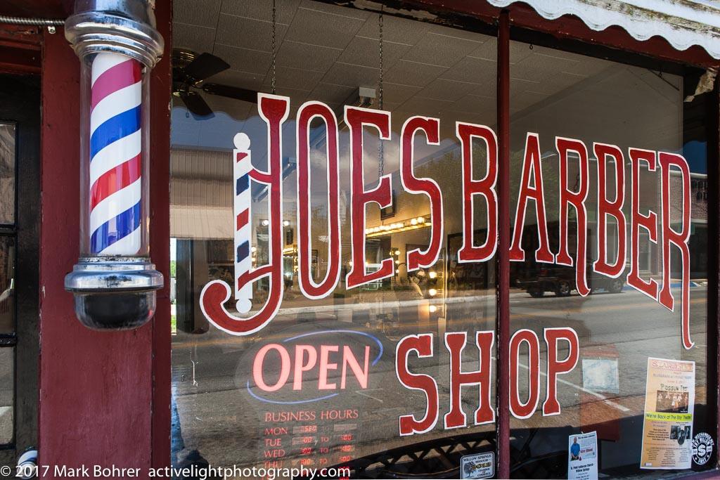 Joe's Barber Shop, Willow Springs