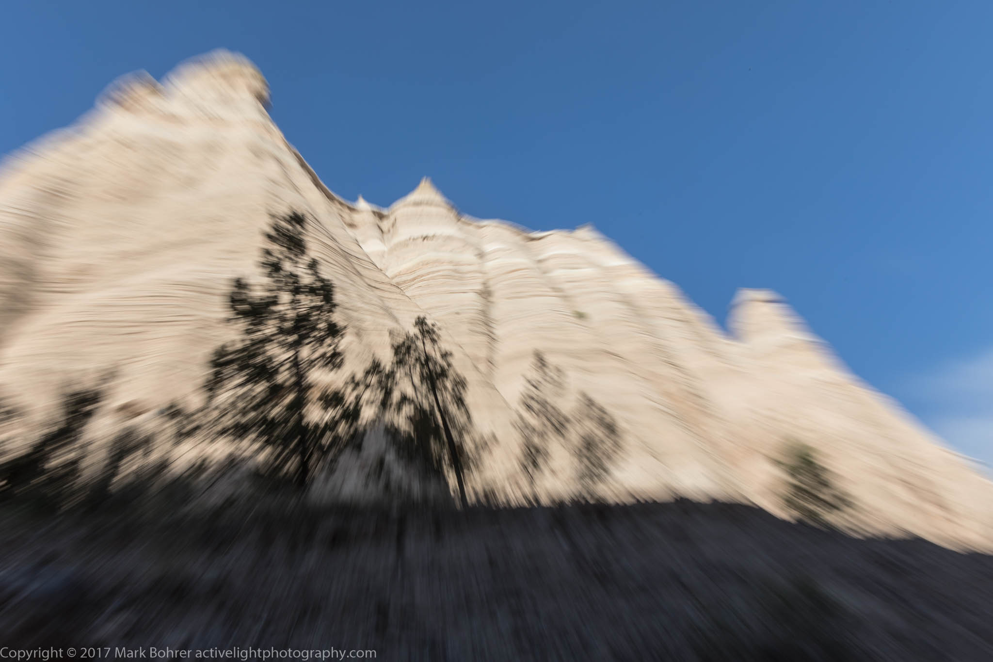 Zoom blurs do work handheld at 1/30 second - Kasha-Katuwe Tent Rocks National Monument